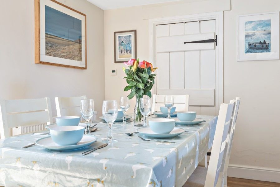 The Stables Manor Court | Dining table