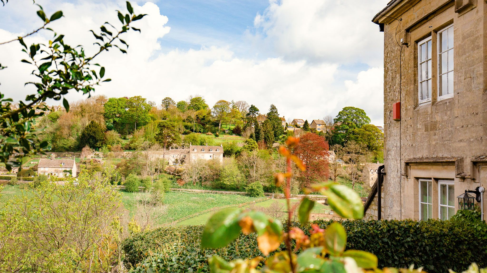 Front view, Walkley Wood Cottage, Bolthole Retreats