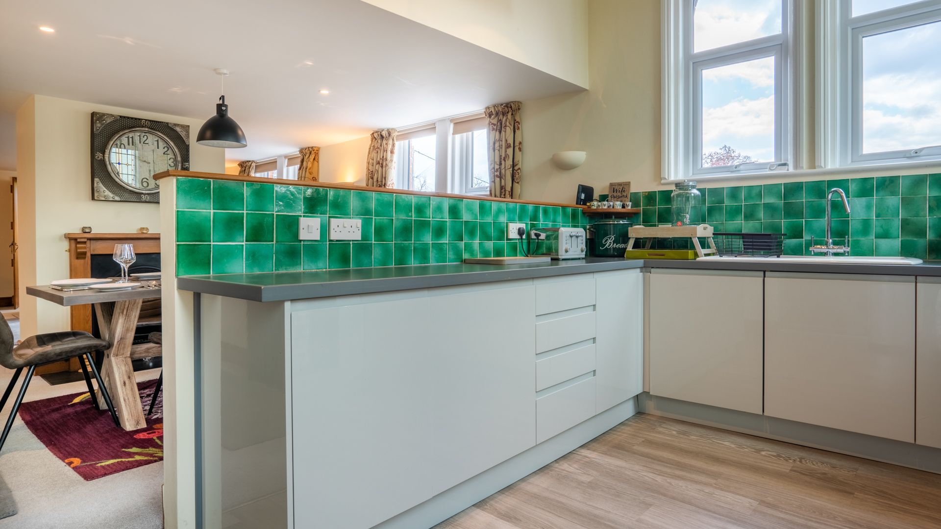 Kitchen, Old Chapel, Bolthole Retreats
