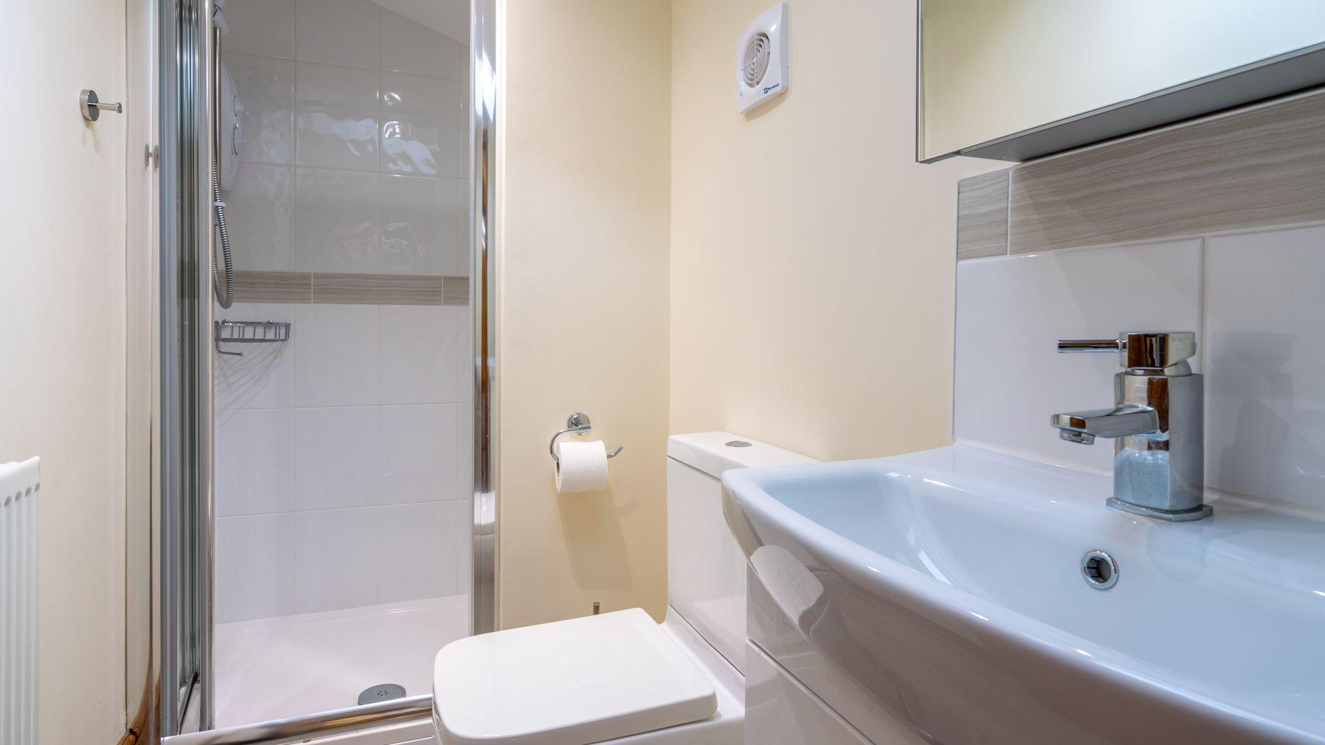 Ensuite shower room, Old Chapel, Bolthole Retreats