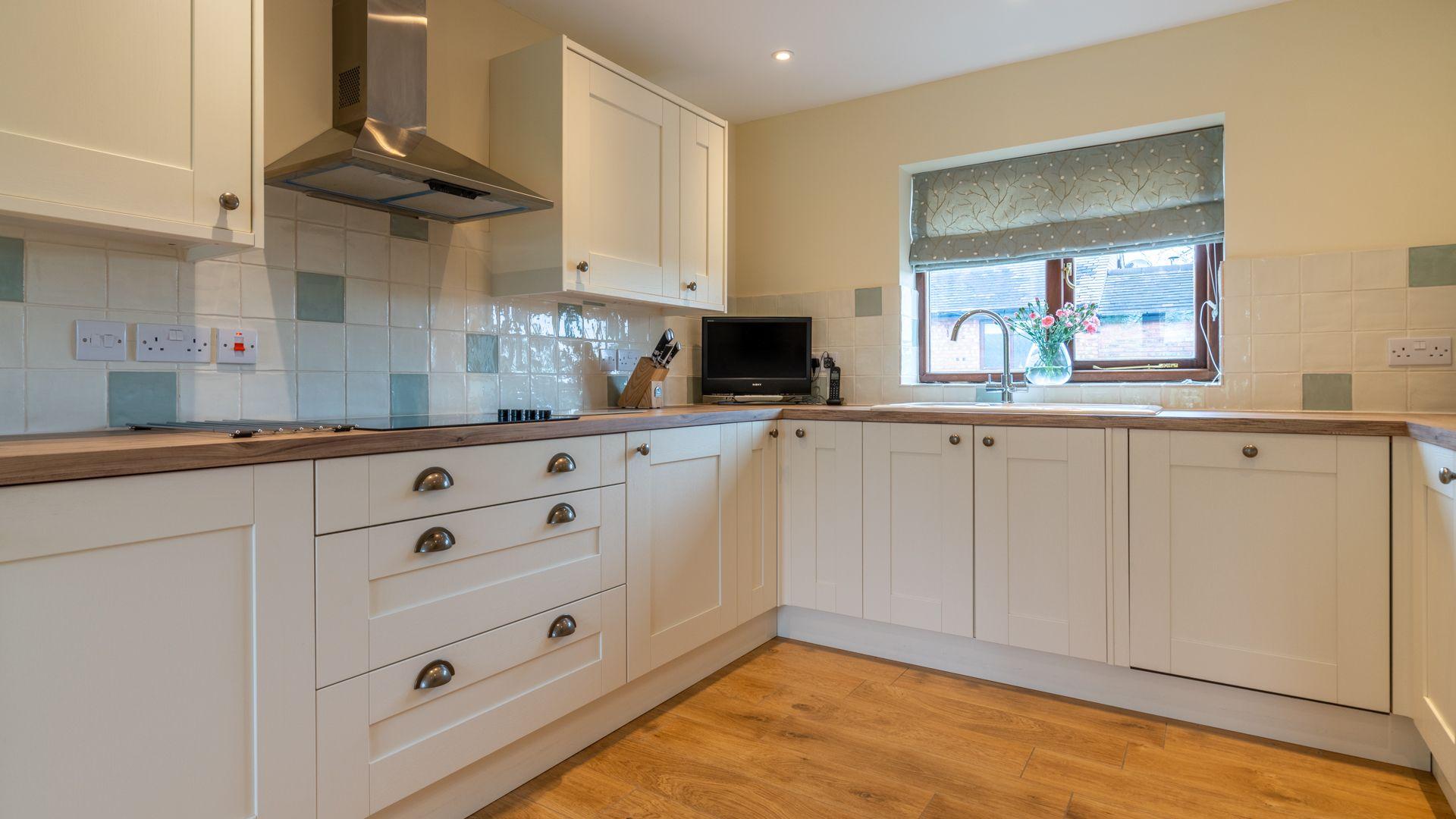 Kitchen, Orchard View, Bolthole Retreats