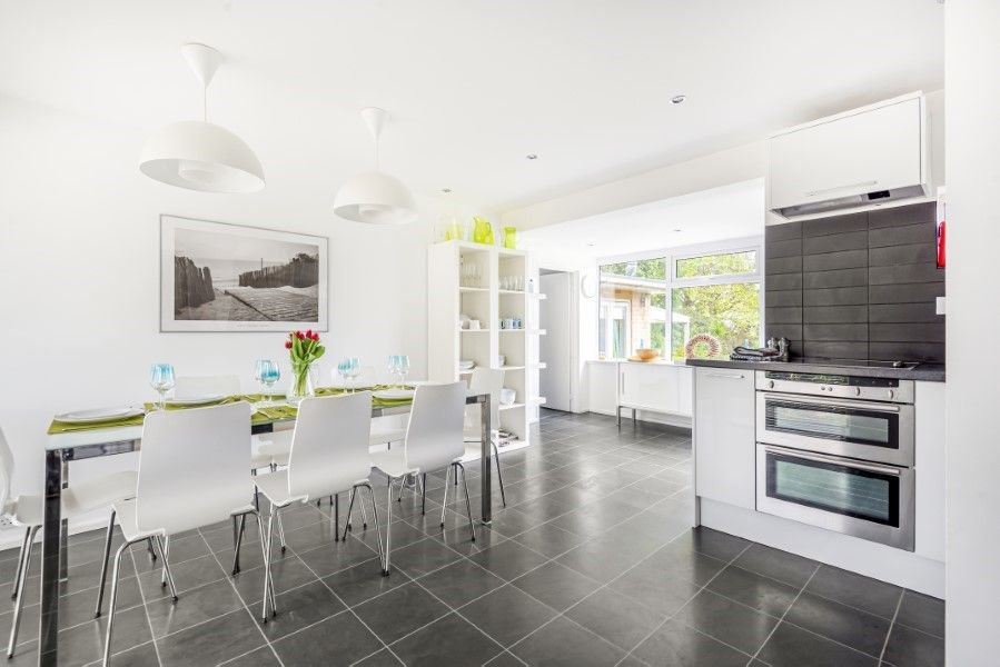 Ongar Lodge | Kitchen/dining area