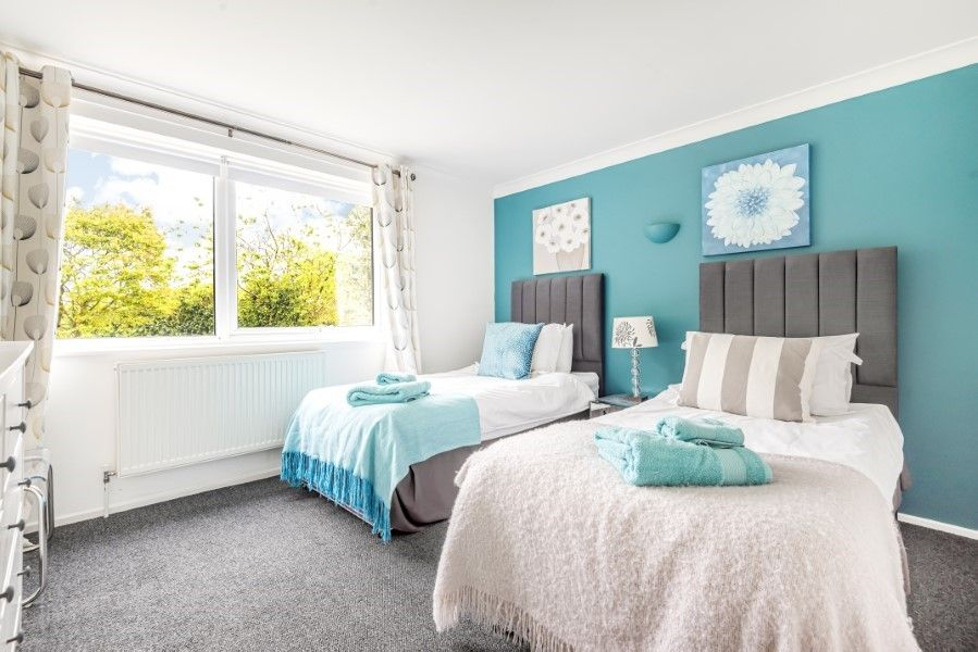 Ongar Lodge | Bedroom 2