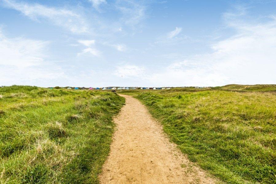 Ongar Lodge | Path to beach