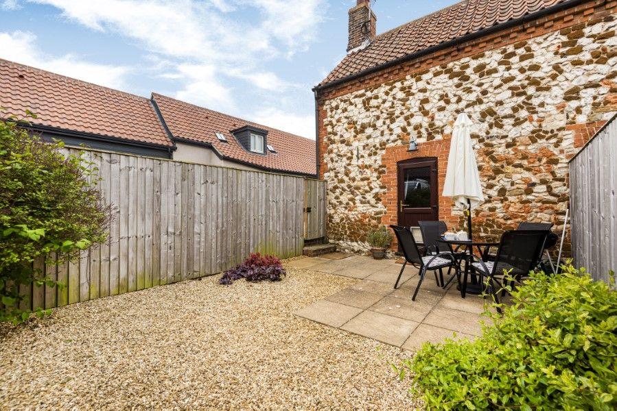 Keeper's Cottage | Garden