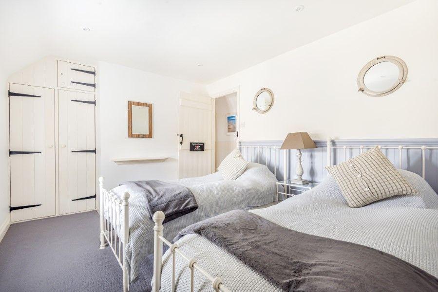 Keeper's Cottage | Bedroom 2
