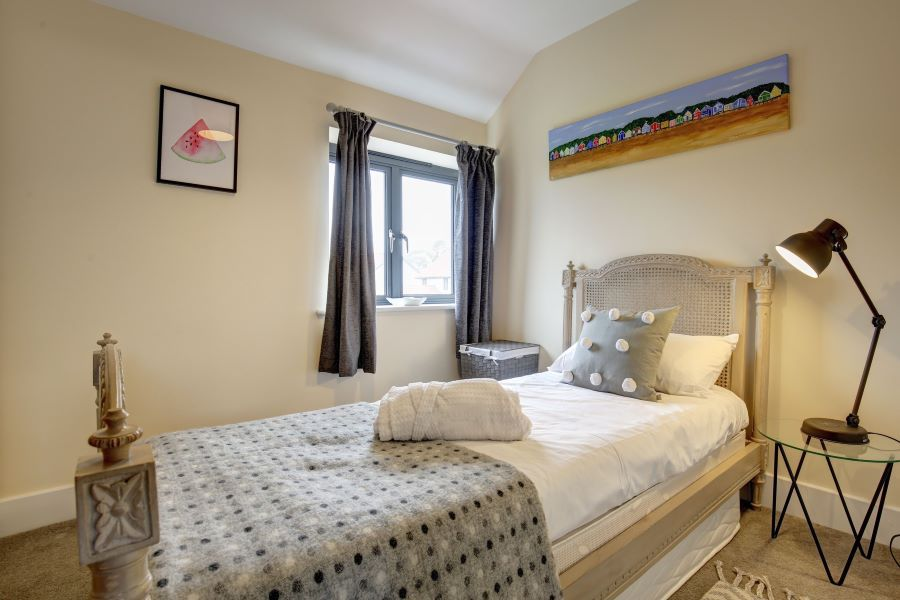 Oystercatcher | Bedroom 3 (now has double bed)