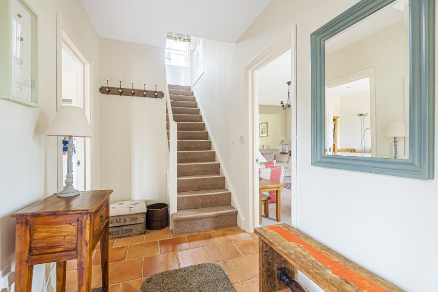 2 Waterhall Cottages | Hall