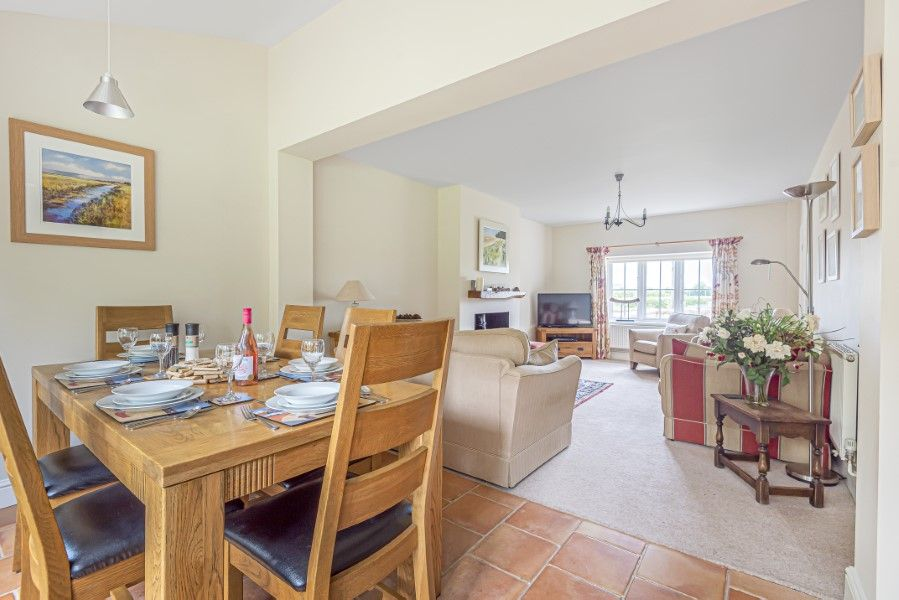 2 Waterhall Cottages | Dining and sitting room