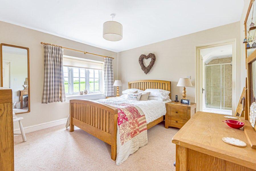 2 Waterhall Cottages | Bedroom 1
