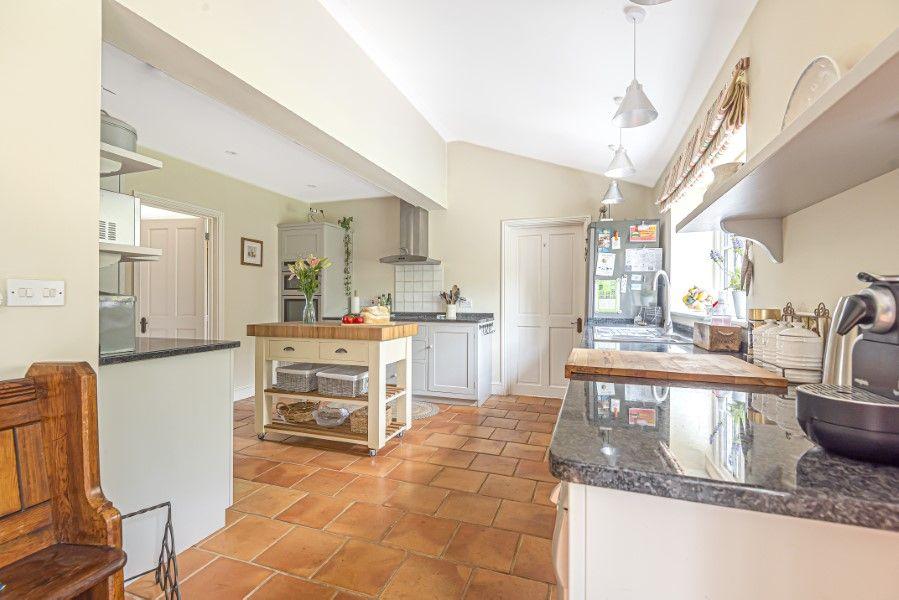 2 Waterhall Cottages | Kitchen