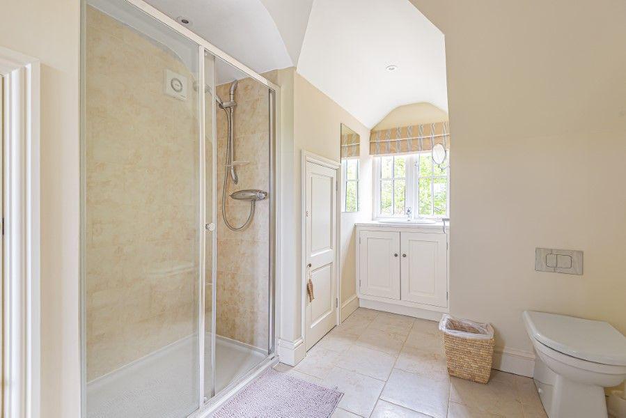2 Waterhall Cottages | En-suite shower room