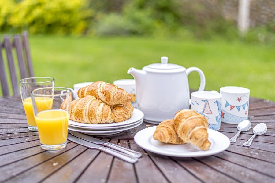 2 Waterhall Cottages | Breakfast!