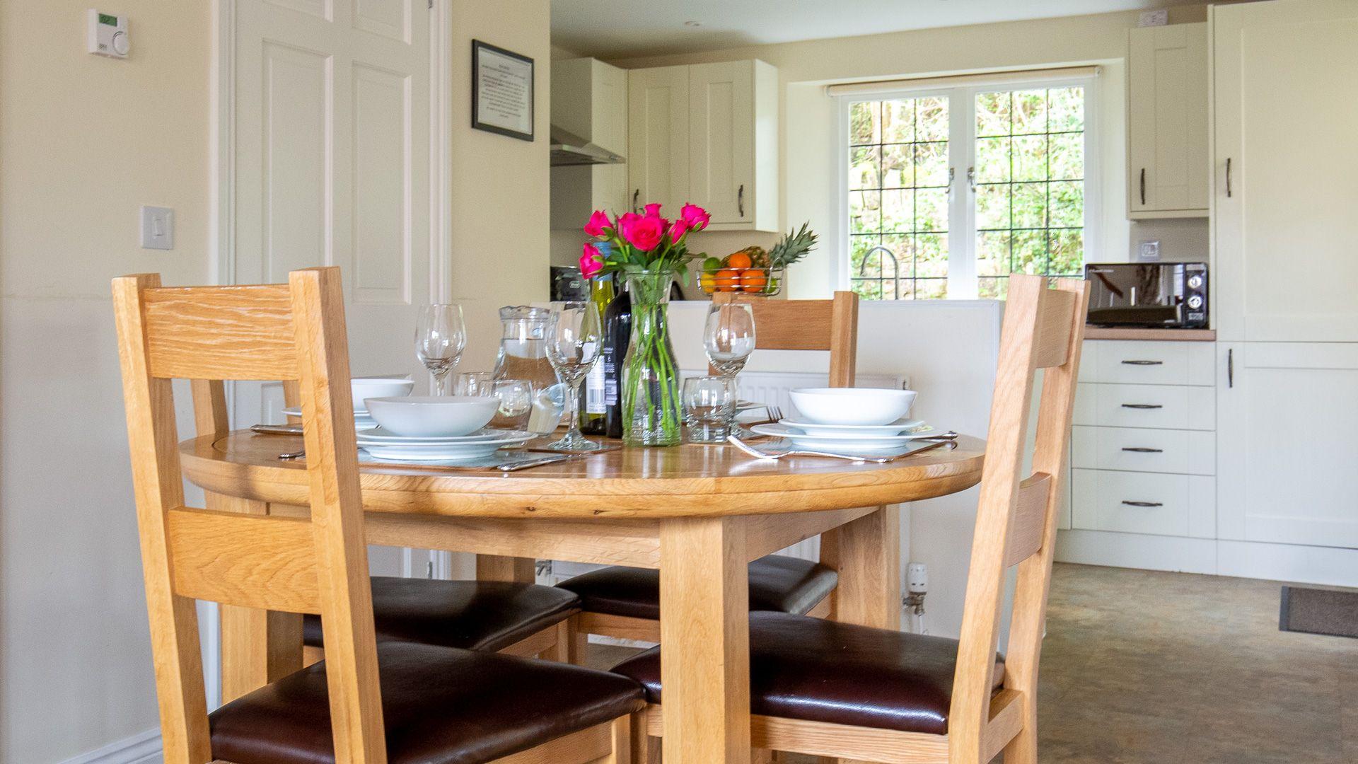 Dining area, Emma Dent Cottage at Sudeley Castle, Bolthole Retreats