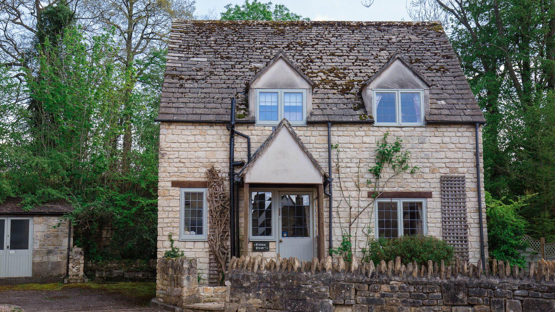 Emma Dent Cottage at Sudeley Castle, Bolthole Retreats