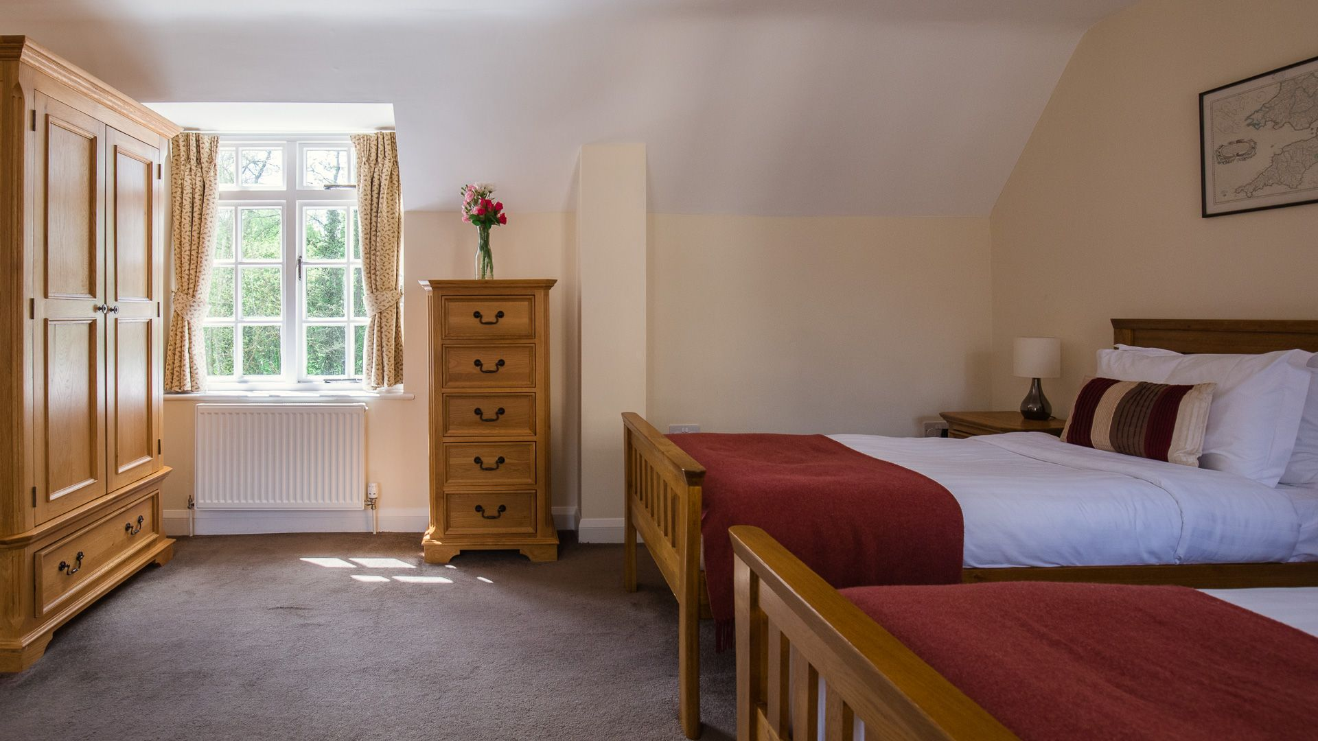 Bedroom Two, Lord High Admiral at Sudeley Castle, Bolthole Retreats