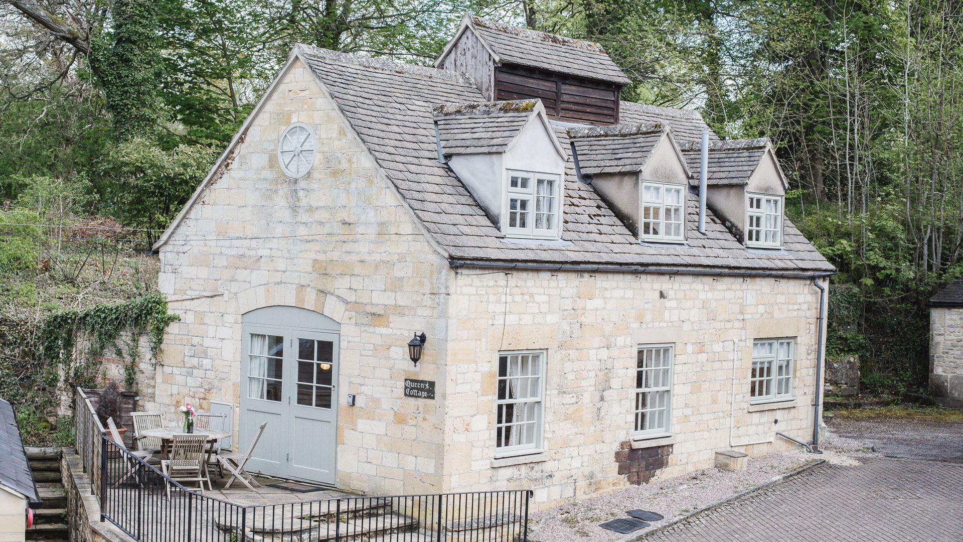 Queens Cottage at Sudeley Castle, Bolthole Retreats