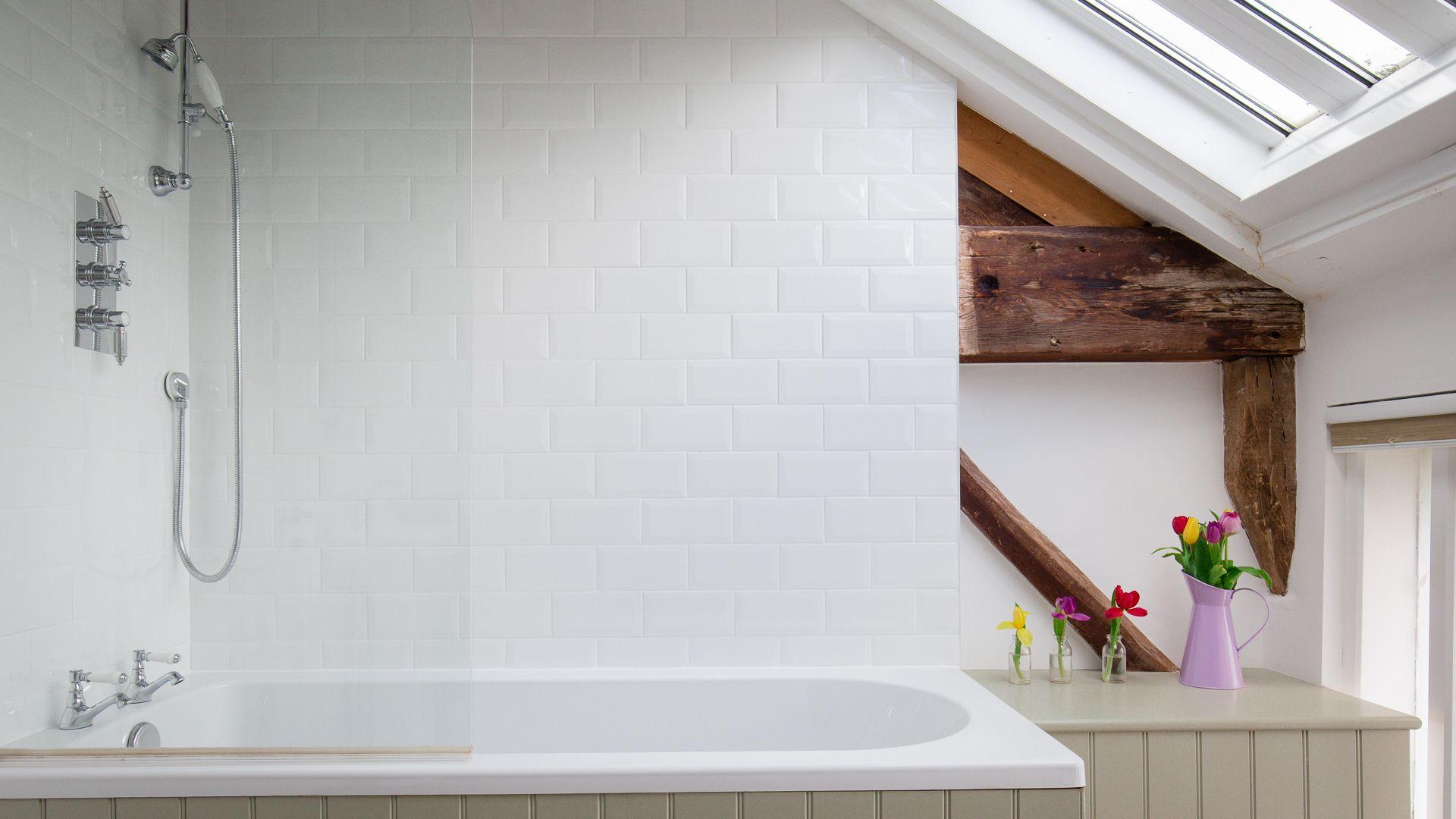 Bedroom Two En-suite Bathroom, Oliver Cromwell at Sudeley Castle, Bolthole Retreats