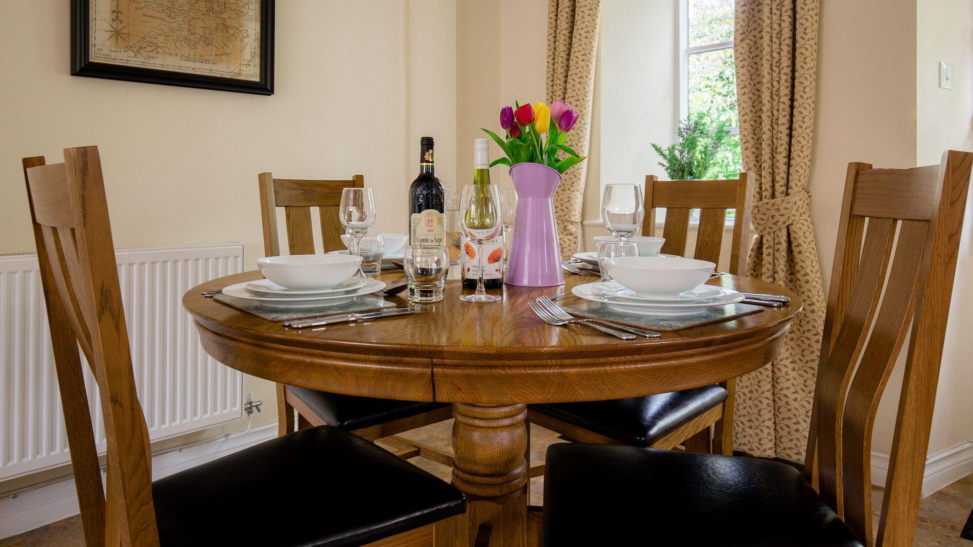 Dining Area, Prince Rupert at Sudeley Castle, Bolthole Retreats