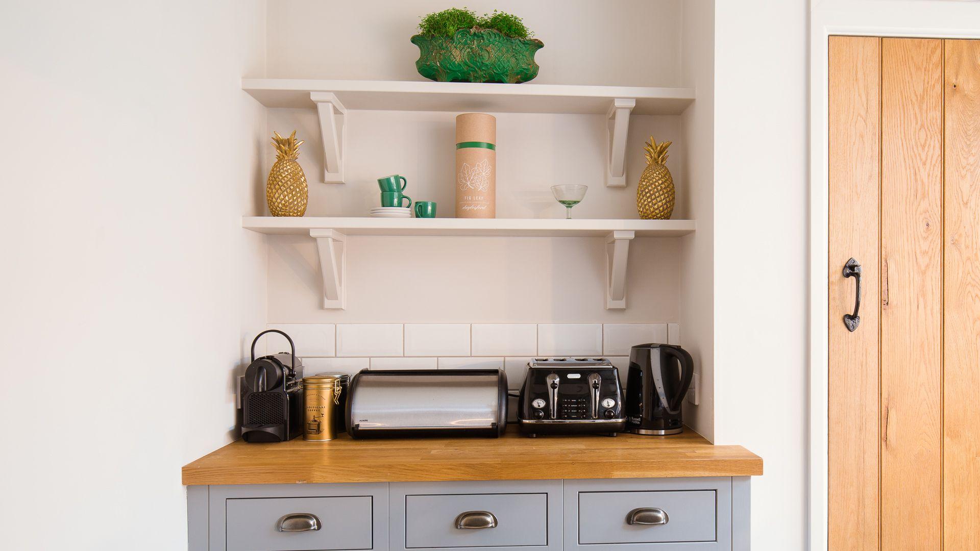 Kitchen drinks station, Monument Cottage, Bolthole Retreats