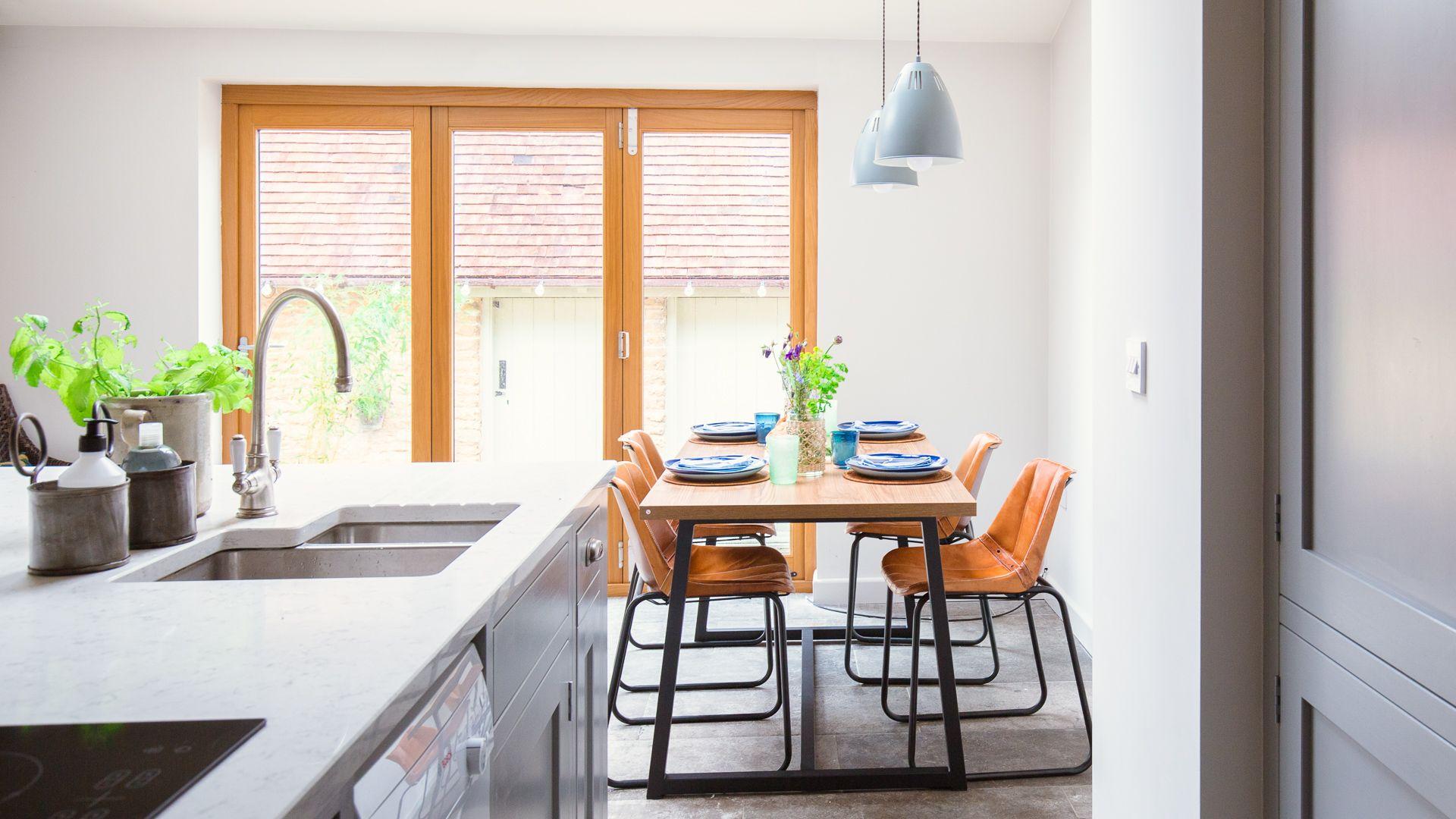 Kitchen-Dining Room, Monument Cottage, Bolthole Retreats