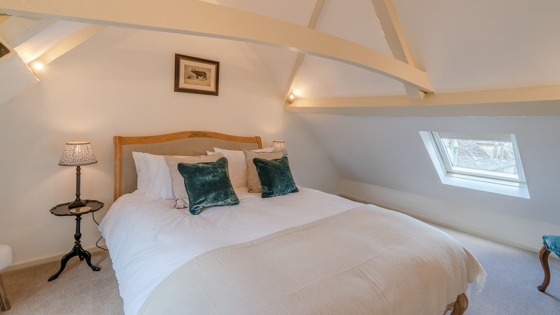 Bedroom Two, Poppy Cottage, Bolthole Retreats