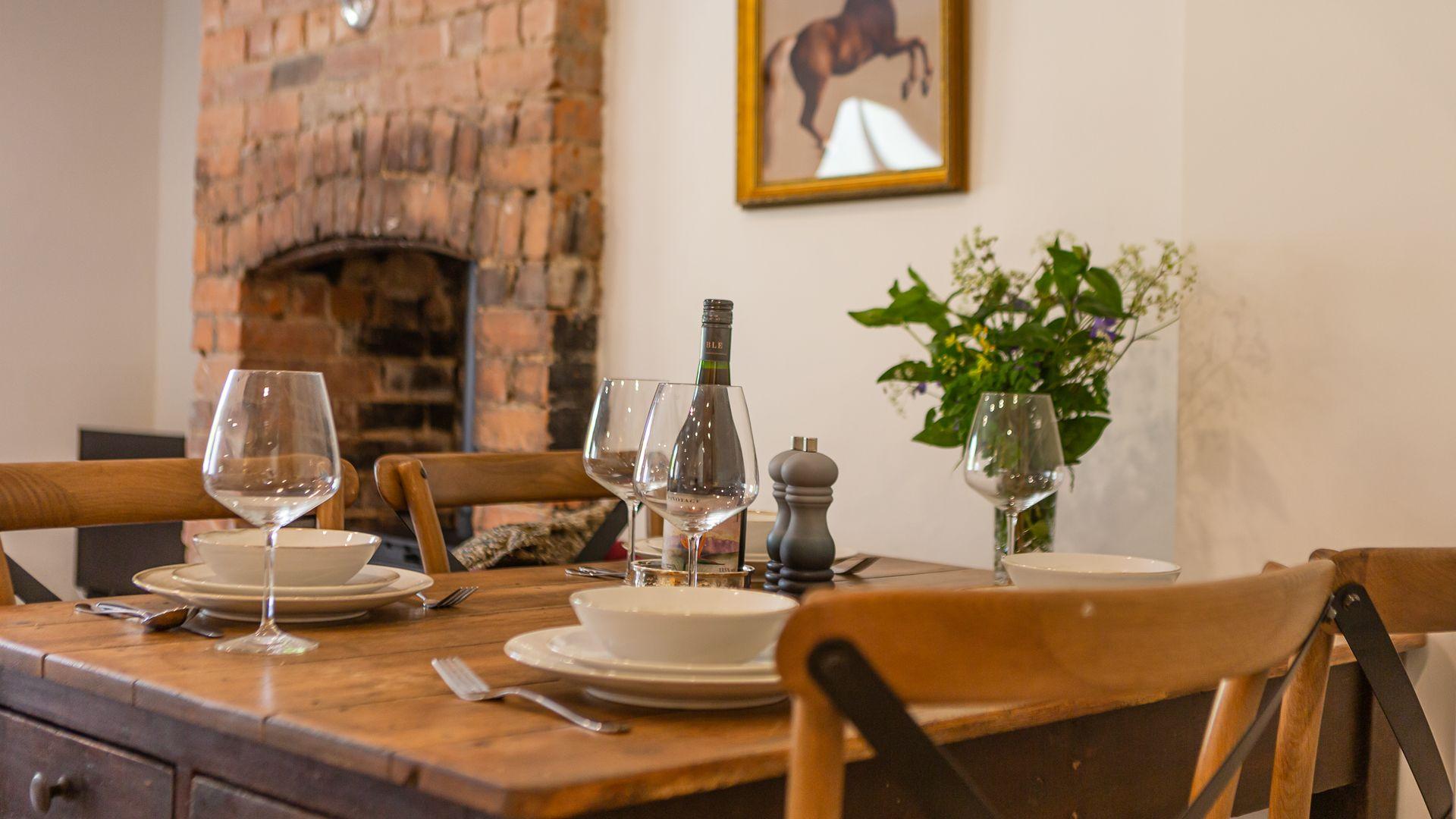 Dining Area, Poppy Cottage, Bolthole Retreats