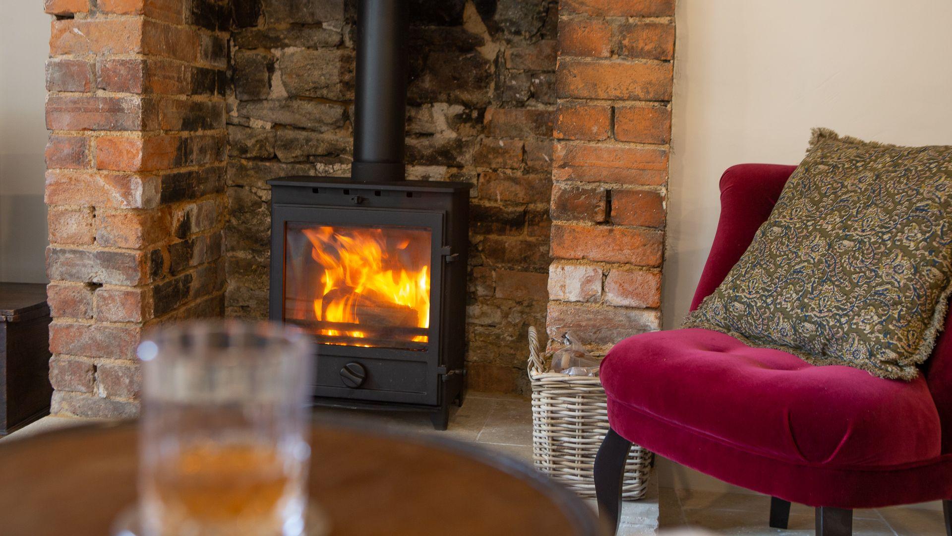 Wood burning stove, Poppy Cottage, Bolthole Retreats