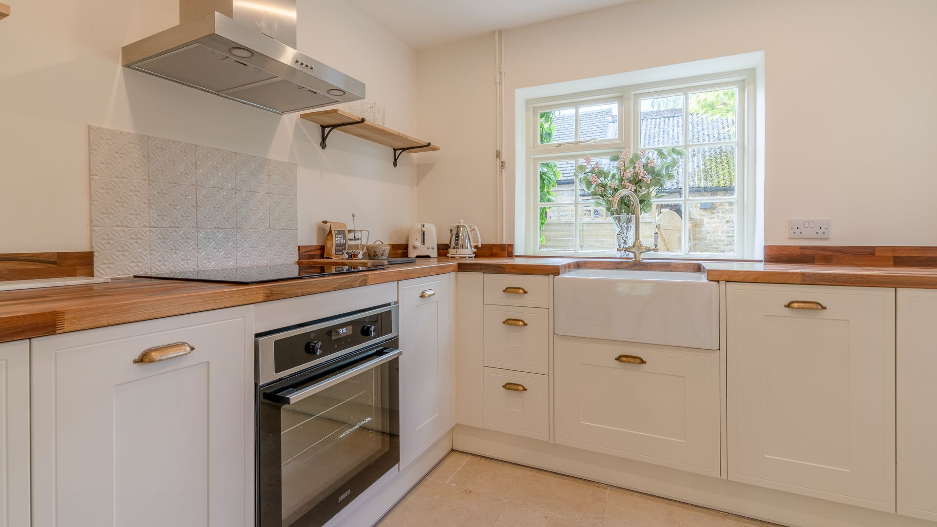 Kitchen, Poppy Cottage, Bolthole Retreats