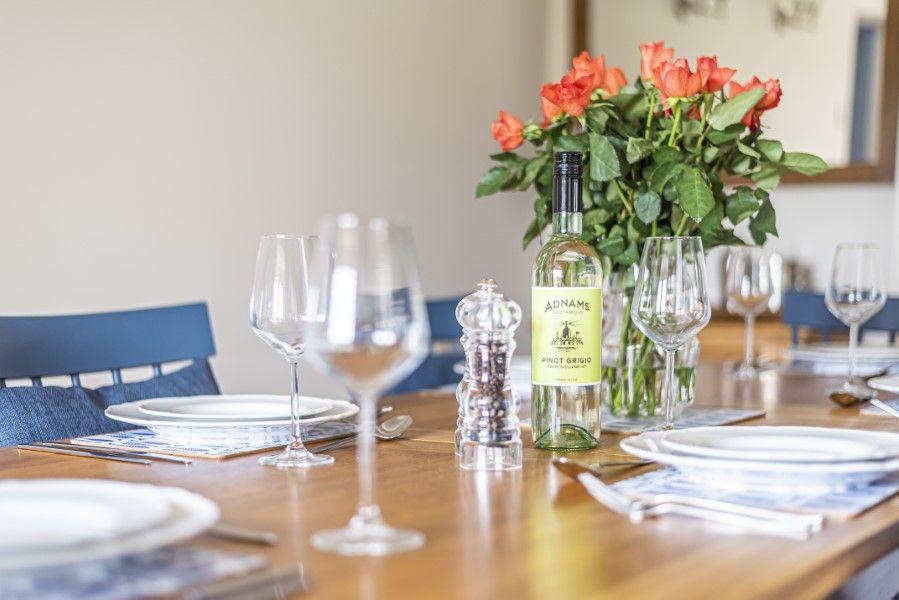 Heronsway | Dining table