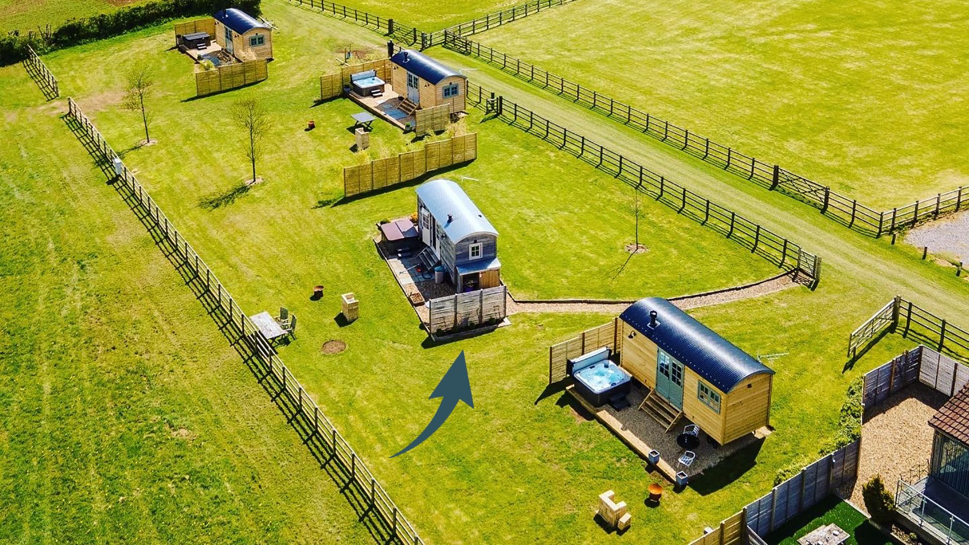 Aerial view with pointer, Shepherds Hut at Avon Farm, Bolthole Retreats