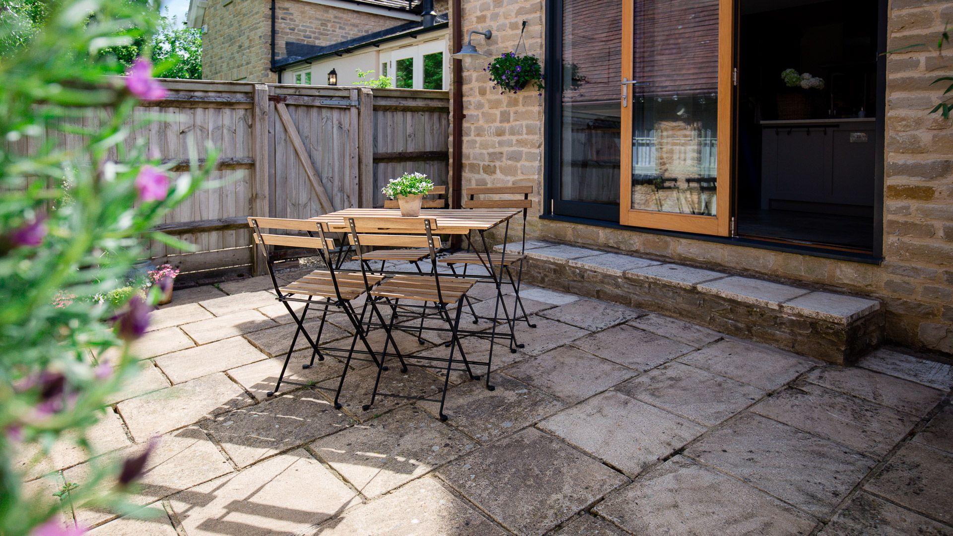 Rear patio, Monument Cottage, Bolthole Retreats