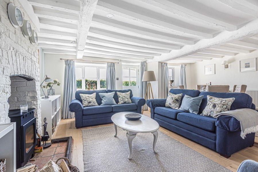 Avocet Cottage NC | Sitting area