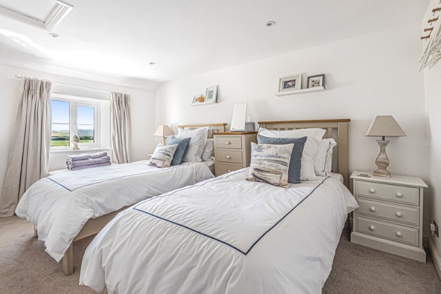 Avocet Cottage NC | Bedroom 2
