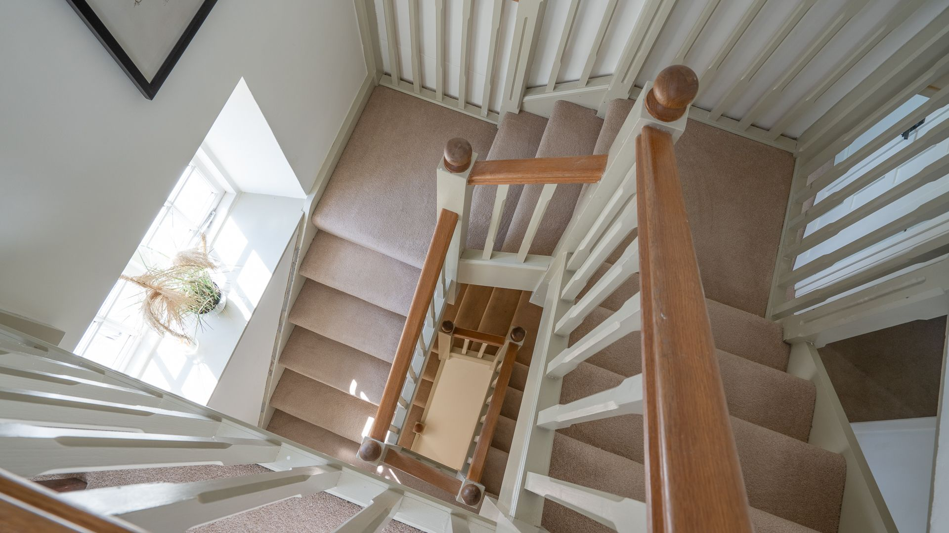 Feature Staircase, Colebrook Cottage, Bolthole Retreats