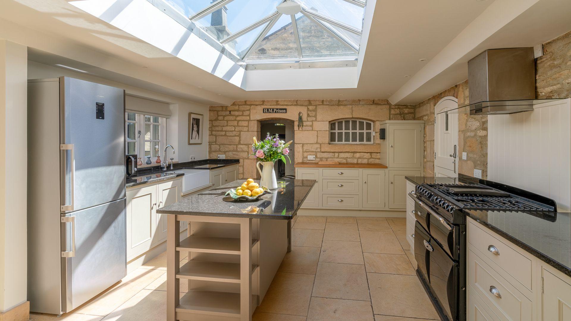 Kitchen, Colebrook Cottage, Bolthole Retreats