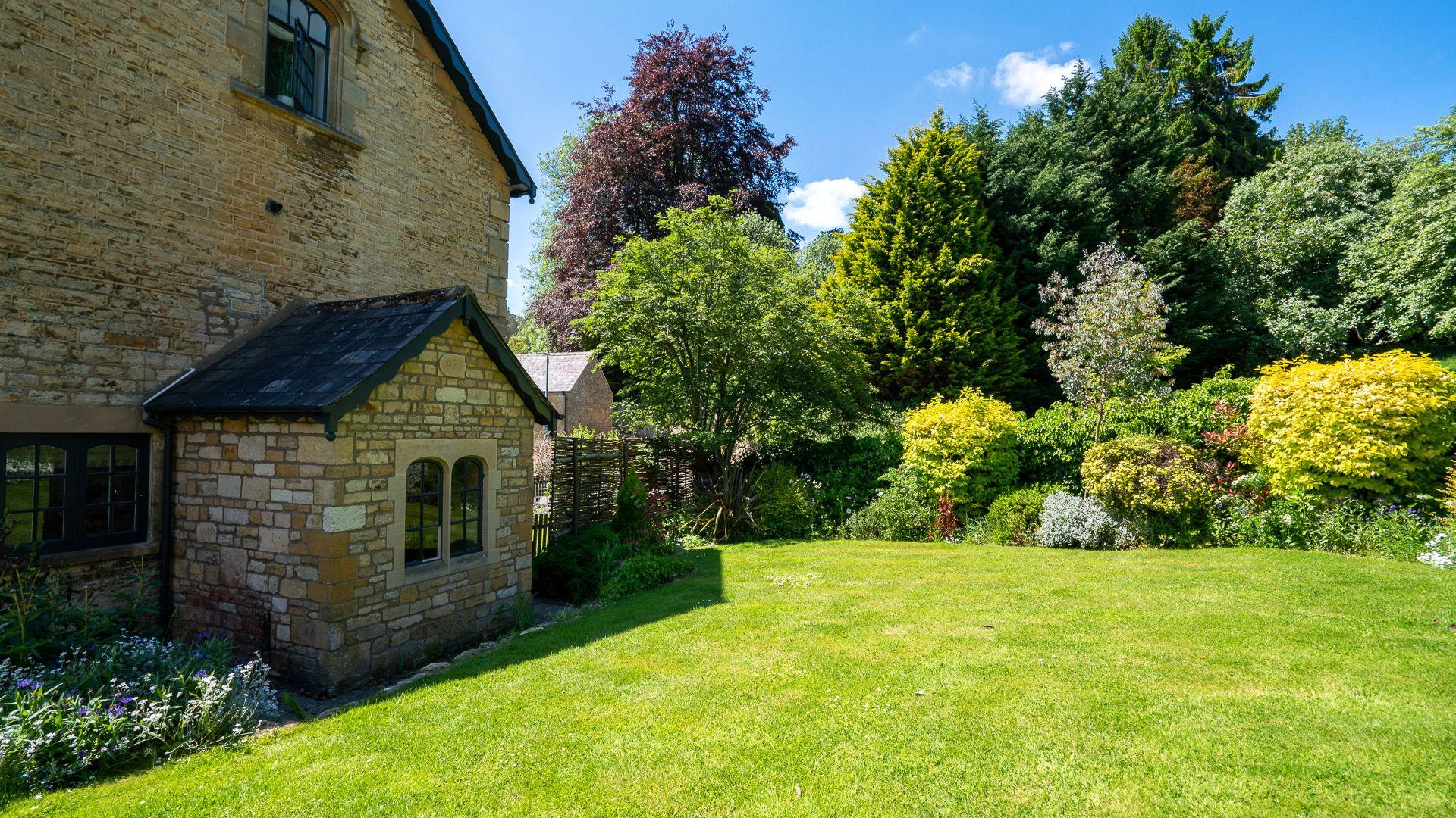 Rear Garden, Colebrook Cottage, Bolthole Retreats