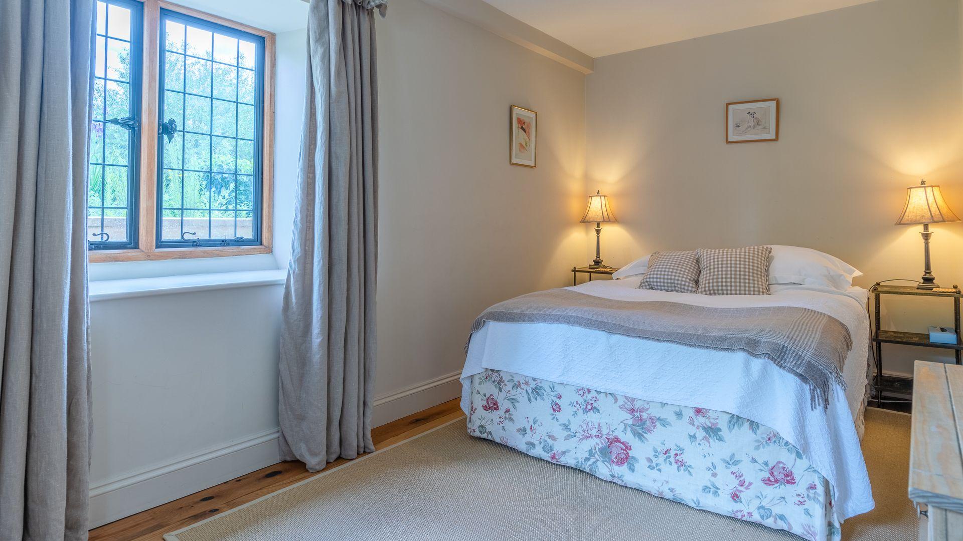 Bedroom Six, Grindstone Mill, Bolthole Retreats