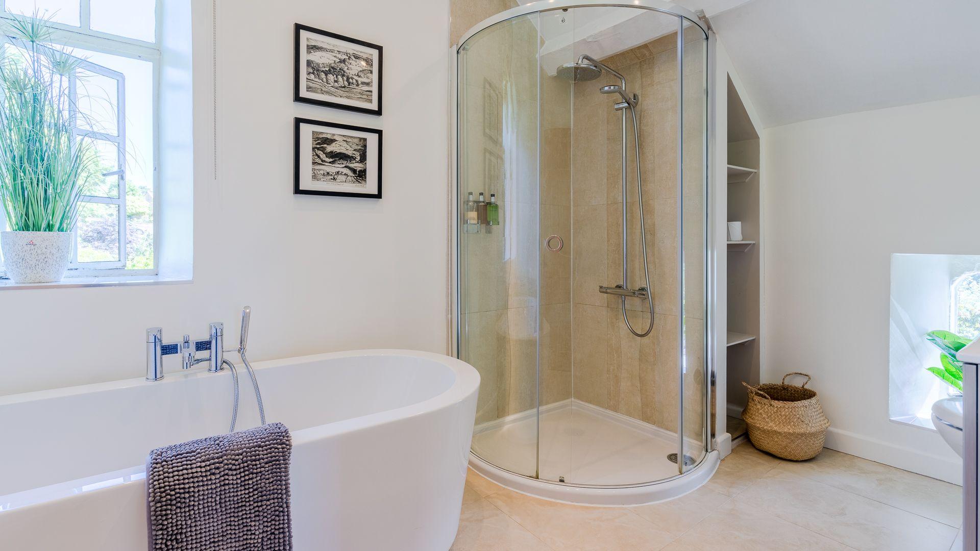 Bedroom Four Ensuite Bathroom, Colebrook Cottage, Bolthole Retreats