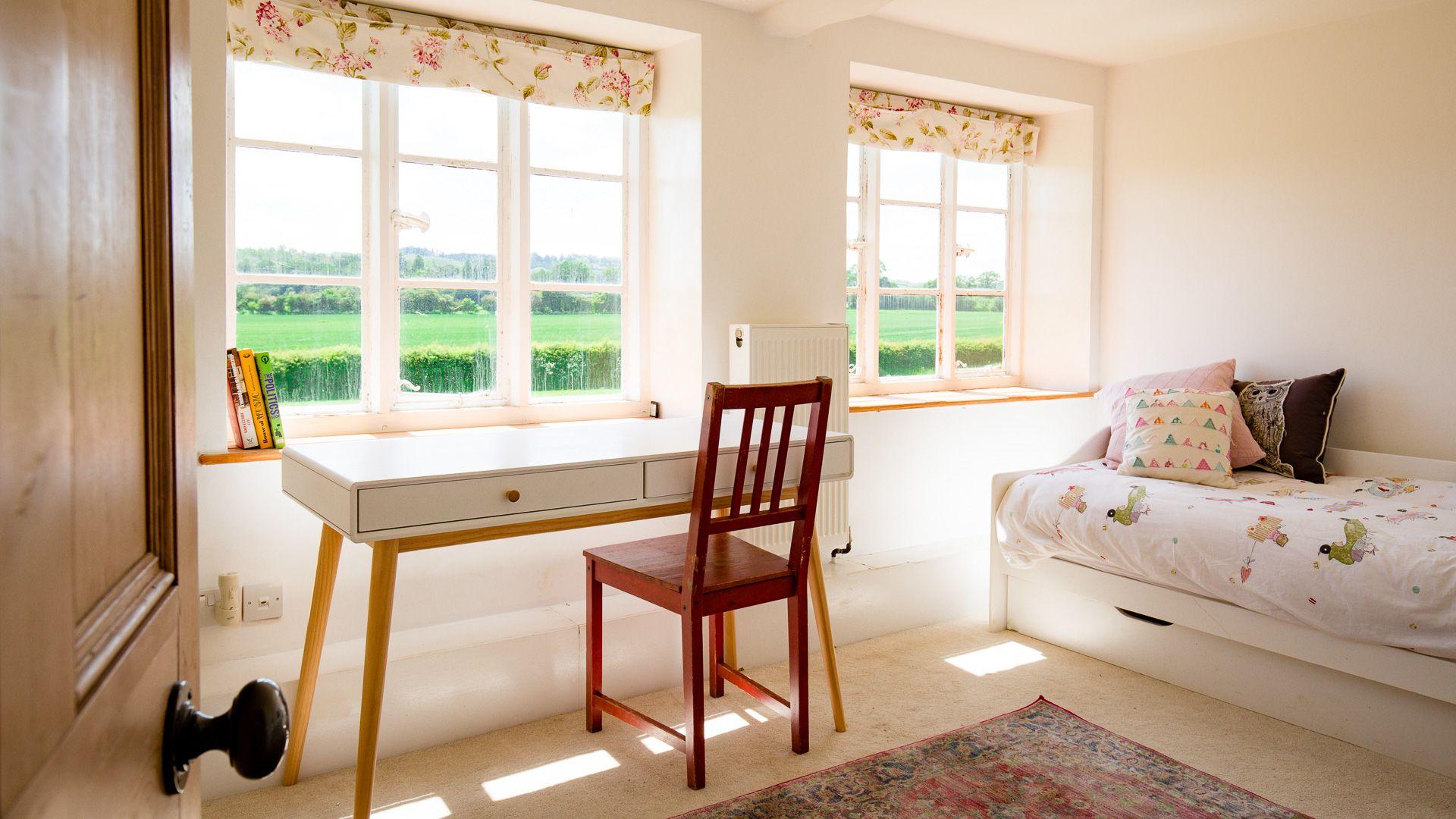 Bedroom Two, Corn Close, Bolthole Retreats