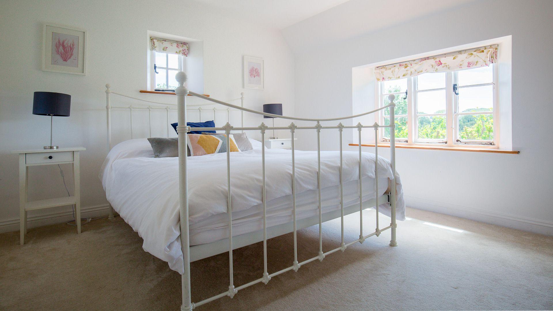 Bedroom Three, Corn Close, Bolthole Retreats