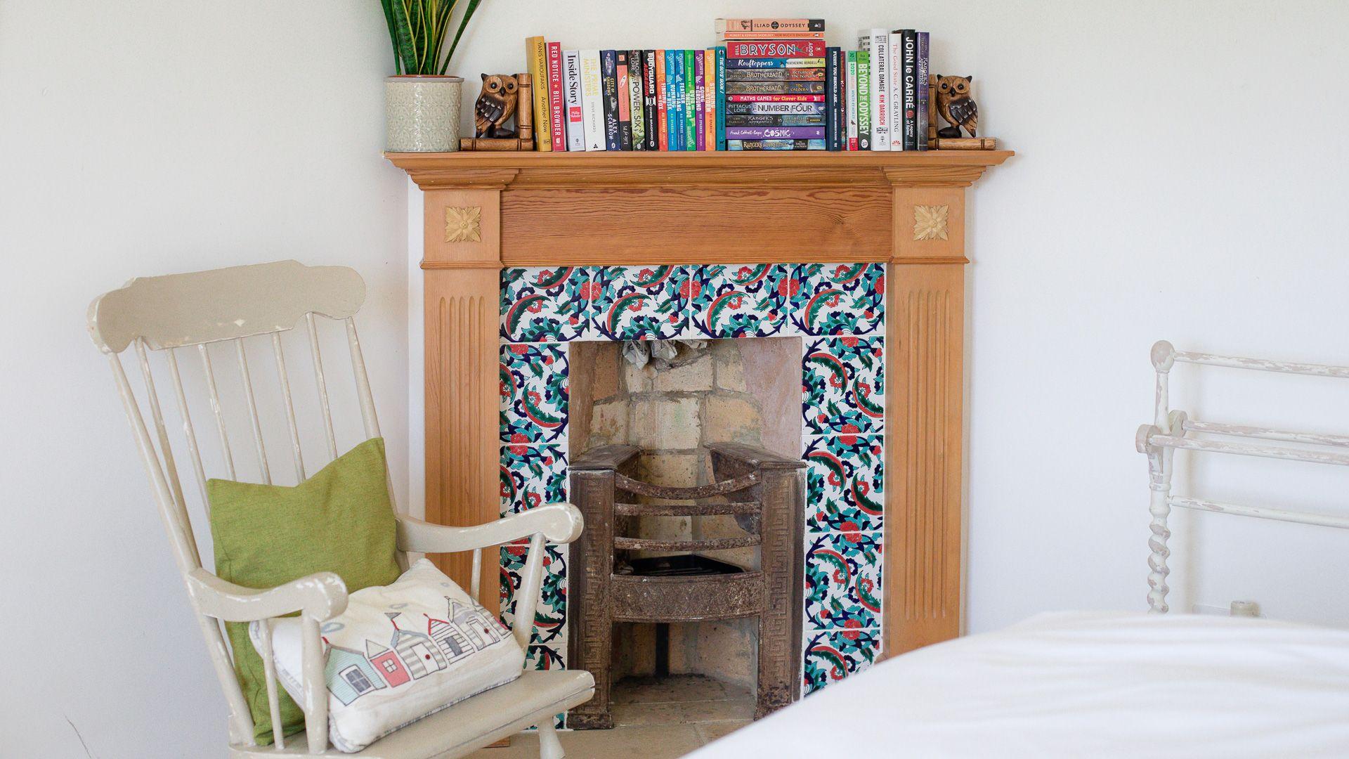 Bedroom One, Corn Close, Bolthole Retreats