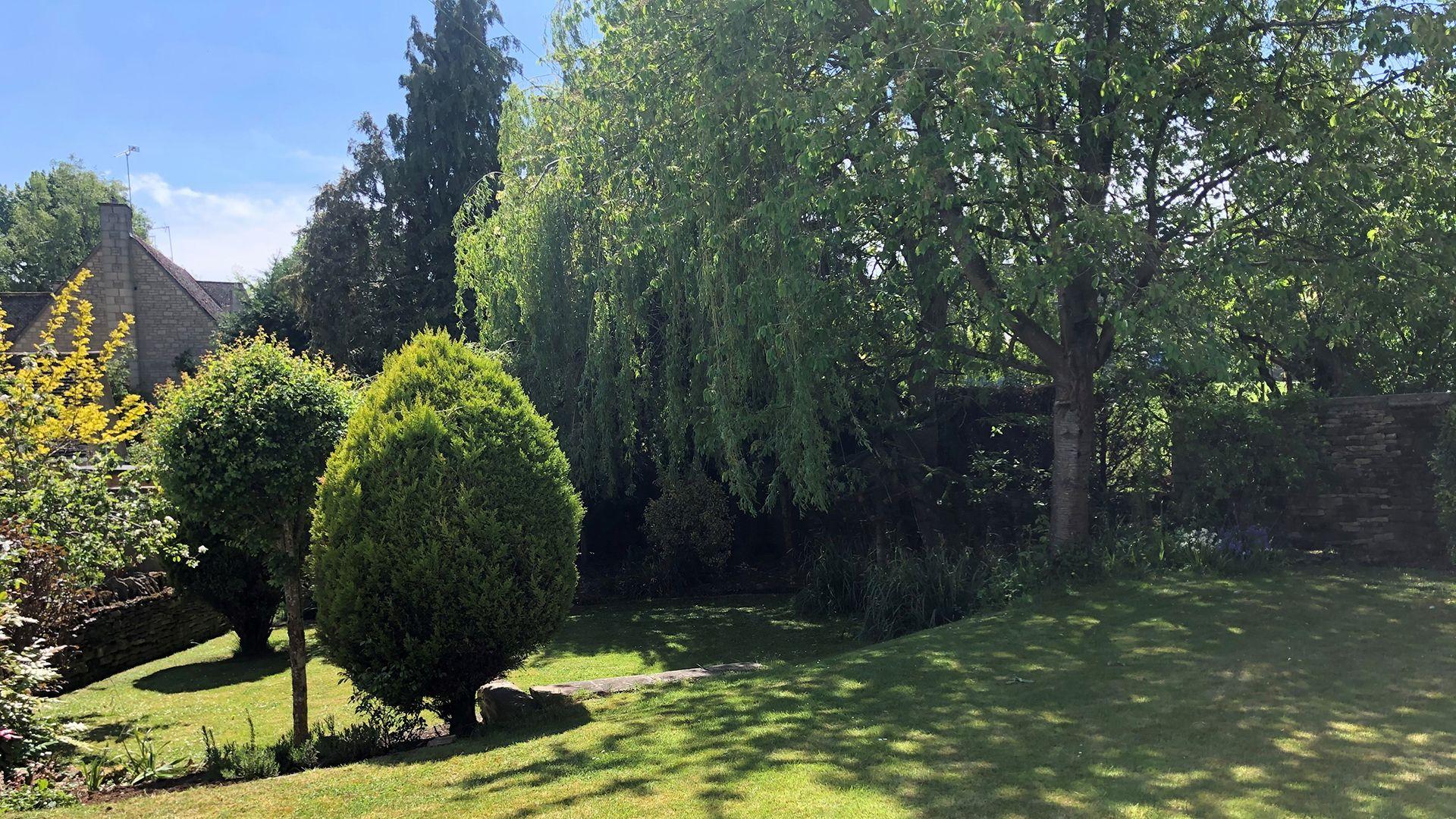 Rear garden, Woodbine Cottage Bolthole Retreats