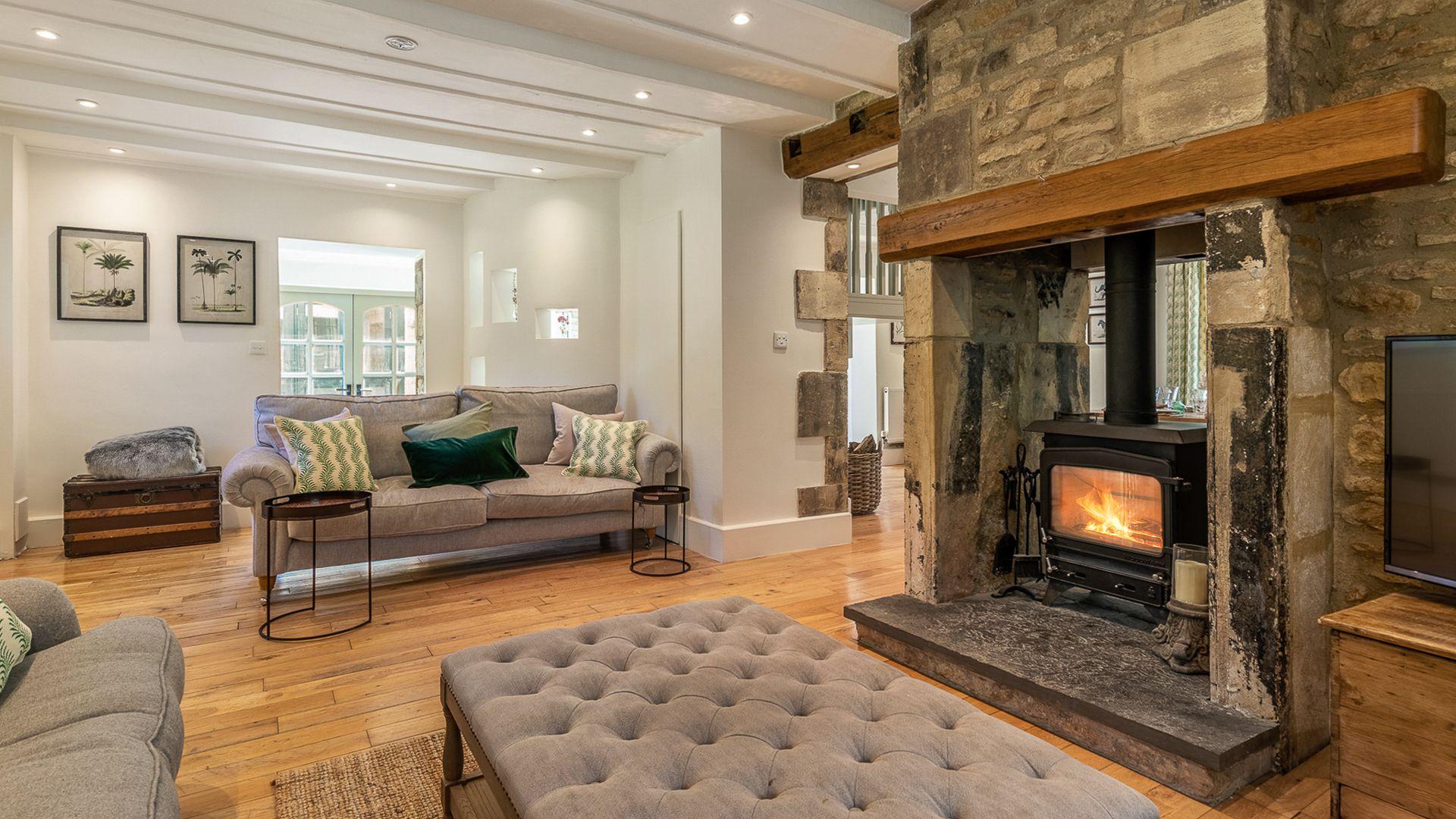 Living Room Fireplace, Colebrook House, Bolthole Retreats