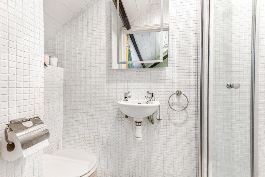 Old School House   En-suite shower