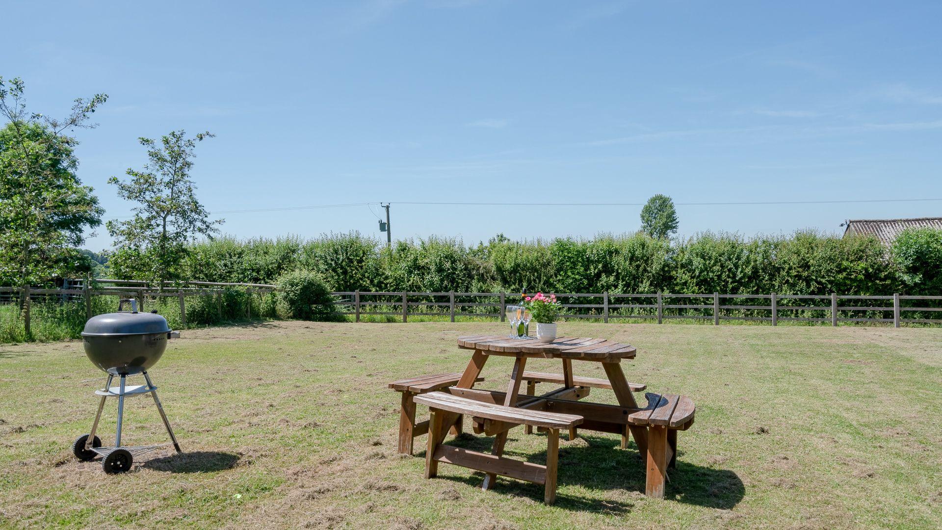 Garden, Hill View Rise, Bolthole Retreats