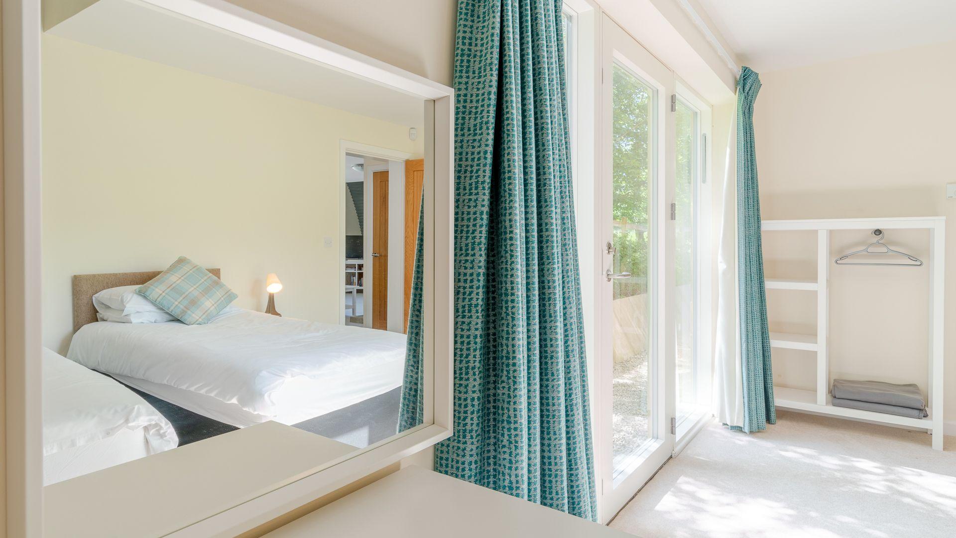 Bedroom One, Ledge View, Bolthole Retreats
