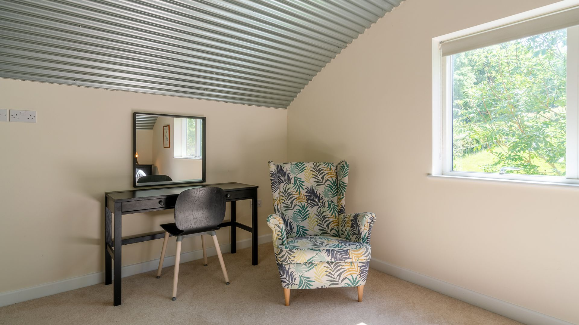 Bedroom Two, Ledge View, Bolthole Retreats