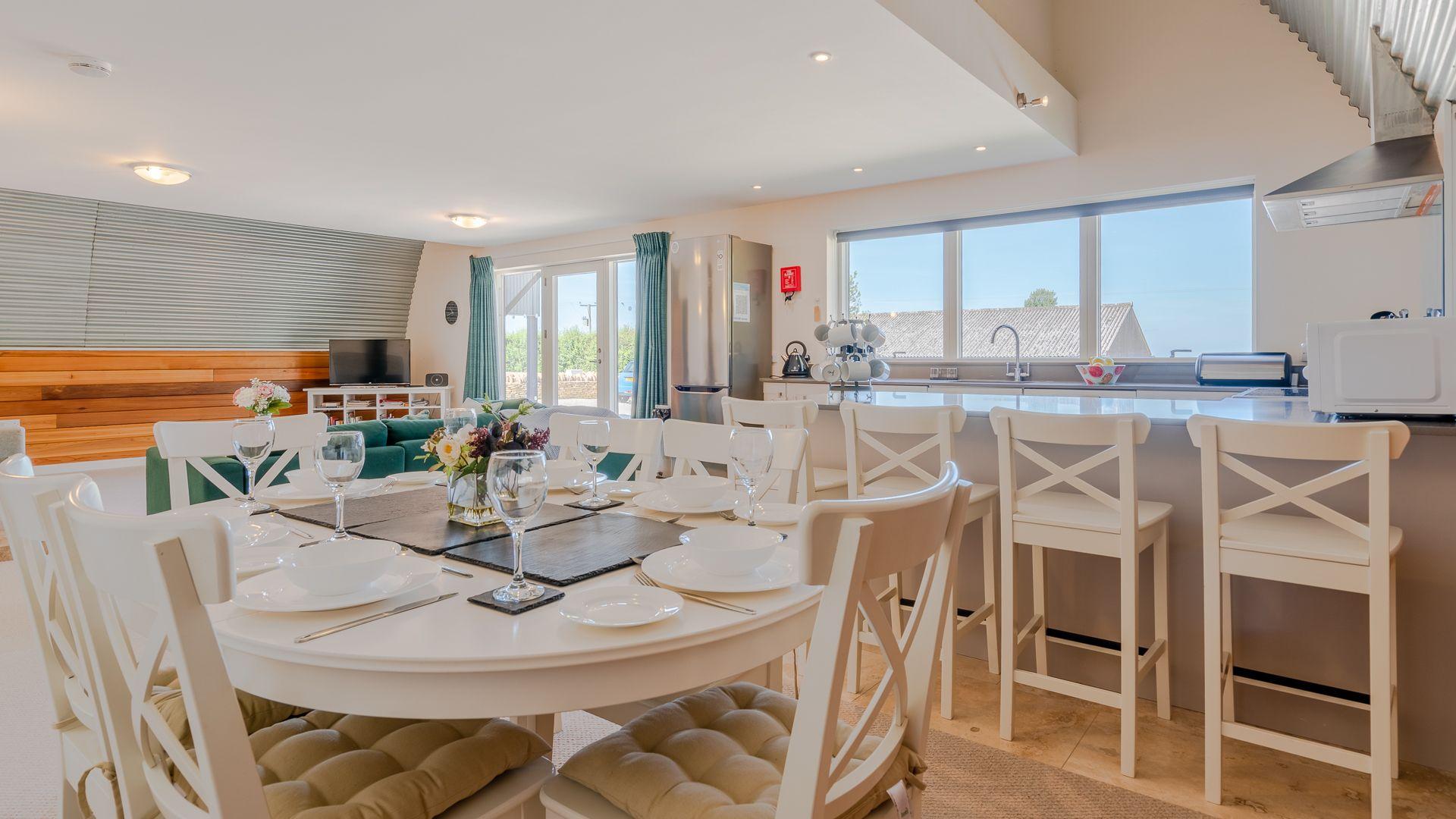 Dining Area, Ledge View, Bolthole Retreats