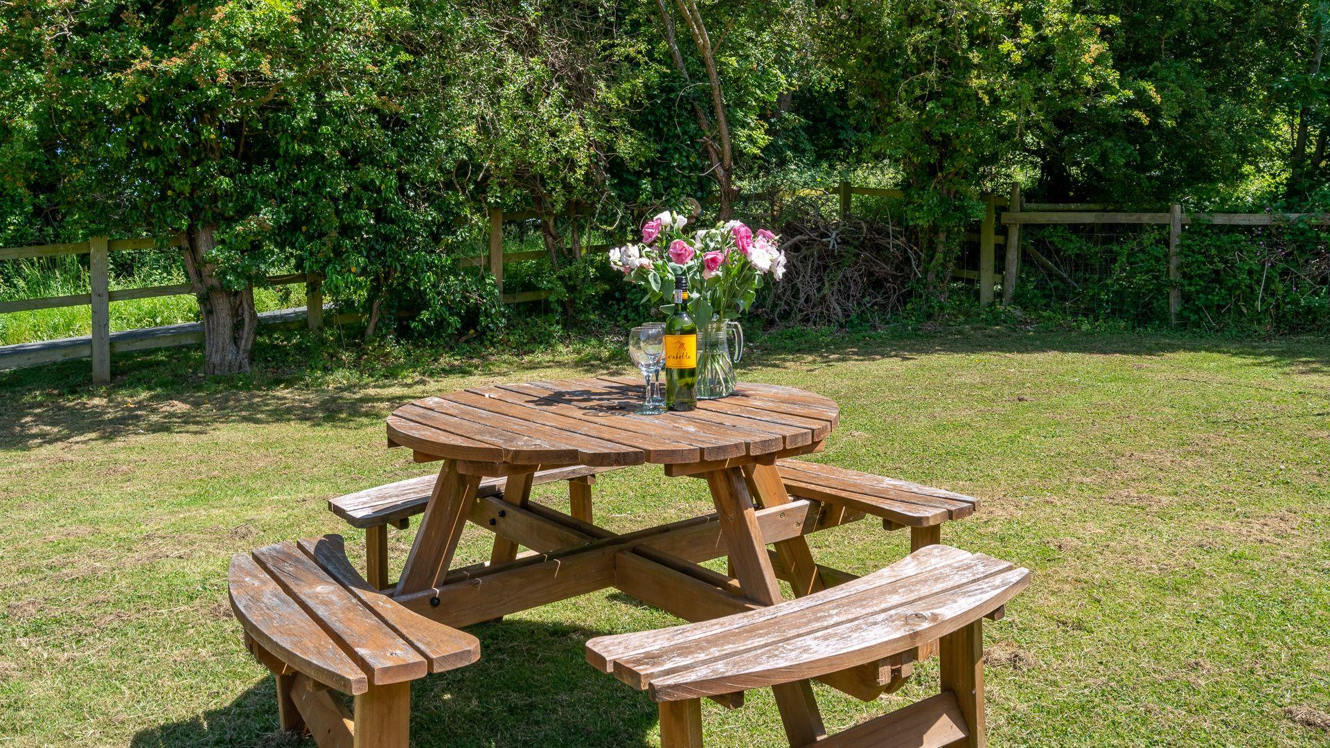Garden, Ledge View, Bolthole Retreats